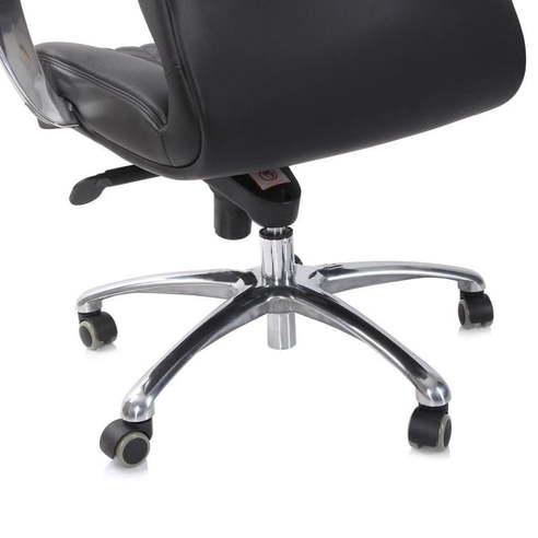 Кресло руководителя Бюрократ _Aura/Black